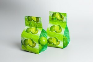 Limoni confezionati in sacchetti